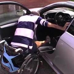 장애인 운전 보조장치, 접이식 사이드 서포트 설치 사례 - : 르노삼성 SM7