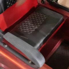 전기화물오토바이 밧데리로 충전해서 모터를 구동한다.