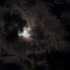 10월의 마지막 밤입니다. 보름달과 모닥불에 빠져서 일찍 잠들긴 힘들것 같네요^^