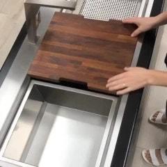 싱크볼에서 kitchen workstation 으로