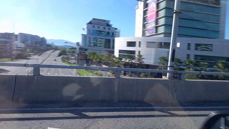 코타키나발루 라마단 끝나고 최대 명절인 하리라야 홀리데이 시내 도로 풍경