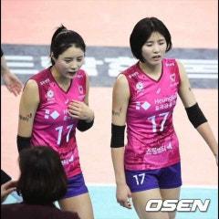 주니퍼크리스천스쿨 고등학생들의 '리서치 수업 영상 프로잭트' 세번째 (Why is the topic of Korean celebrities' past bullying so heightened?)