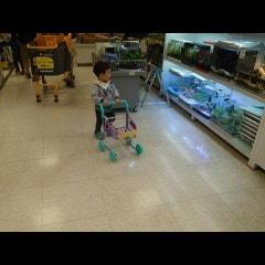 유아 장난감 쇼핑카트로 역할놀이를 해요