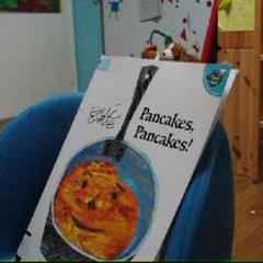 『Pancakes Pancakes』동영상