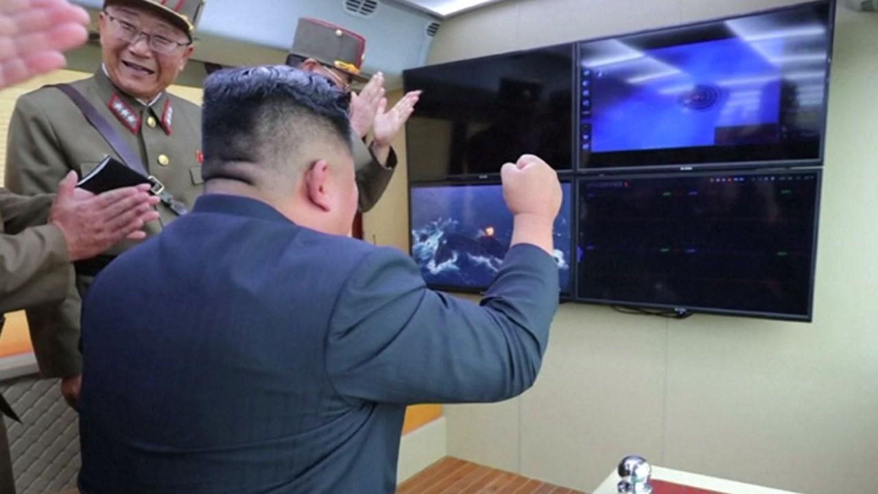 """북한 """"어제 새 무기…"""