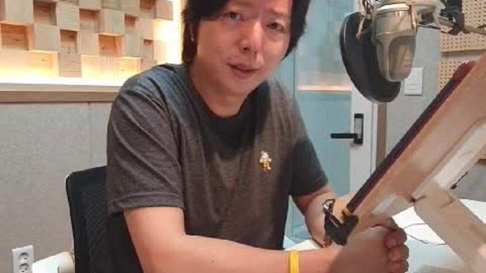 안녕하세요, 성우 정훈석입니다.