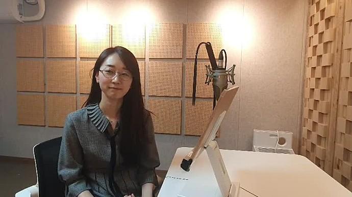 안녕하세요, 성우 박리나입니다.